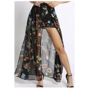 Dresses & Skirts - $75 NWT Floral Shorts Skirt Dress